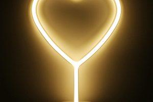 Luz de neón amarilla para decoración precio económico, hilo de neon casero, como hacer luces neon